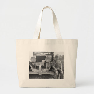 Migrant Fruit Picker's Truck, 1940 Tote Bags
