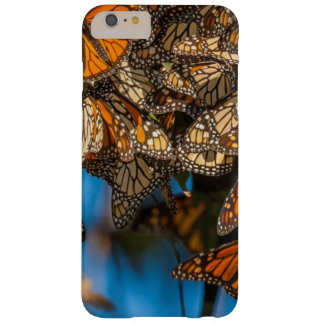 Migrating monarch butterflies cling to leaves barely there iPhone 6 plus case