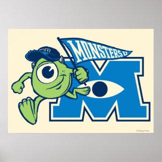 Mike con la bandera de los monstruos U Poster