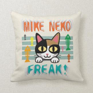 Mike Neko Freak!