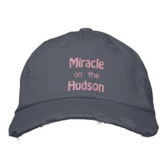 Milagro en el río Hudson Gorra Bordada