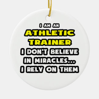 Milagros e instructores atléticos… divertidos ornato