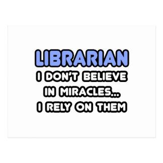 Milagros y bibliotecarios tarjetas postales