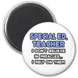 Milagros y Ed especial. Profesores Iman Para Frigorífico