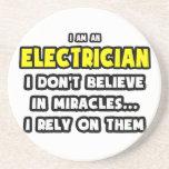 Milagros y electricistas… divertidos posavaso para bebida