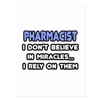 Milagros y farmacéuticos tarjeta postal