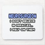 Milagros y neurocirujanos alfombrilla de ratón