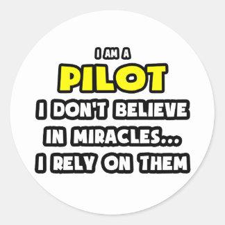 Milagros y pilotos… divertidos etiqueta redonda