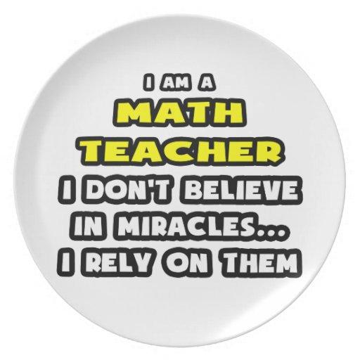 Milagros y profesor de matemáticas… divertido platos