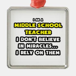 Milagros y profesores de escuela secundaria… adorno navideño cuadrado de metal