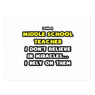 Milagros y profesores de escuela secundaria… tarjetas postales