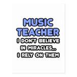 Milagros y profesores de música postal