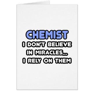 Milagros y químicos tarjeta de felicitación