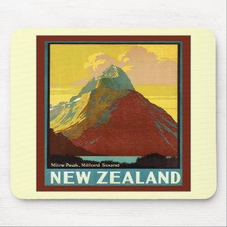 ~ Milford Sound del pico del inglete del ~ de Nuev Alfombrilla De Ratones