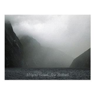 Milford Sound, Nueva Zelanda Tarjeta Postal