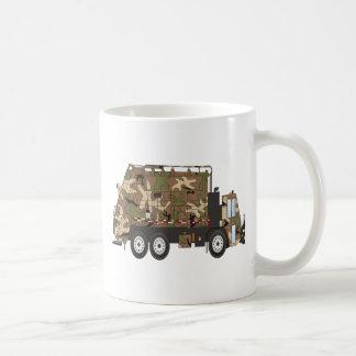 Militares del camión de basura de Camo Taza