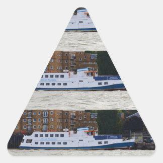 Milivoltio Pocahontas Pegatina Triangular