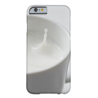 Milk splashing in cup barely there iPhone 6 case
