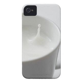 Milk splashing in cup Case-Mate iPhone 4 case