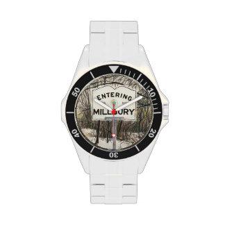 Millbury que entra reloj de mano