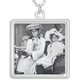 Millicent Duchess of Sutherland and her daughter Square Pendant Necklace