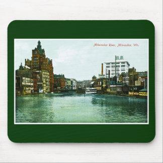 Milwaukee River, Milwaukee, Wisconsin Mouse Pad