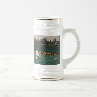 Milwaukee, WI Skyline 18 Oz Beer Stein
