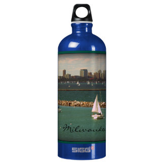 Milwaukee, WI Skyline Aluminum Water Bottle