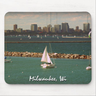 Milwaukee, WI Skyline Mouse Pad