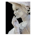 Mime femenino que se realiza en esquina de calle tarjetas postales