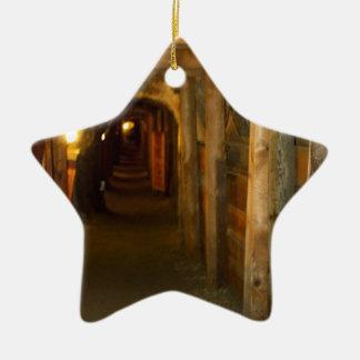 Mina de oro adorno de cerámica en forma de estrella