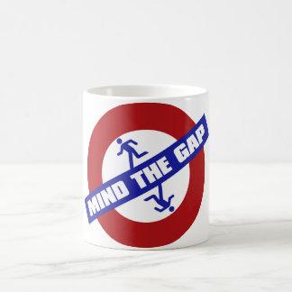 MIND_THE_GAP TAZA DE CAFÉ