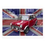 Mini coche clásico británico postal