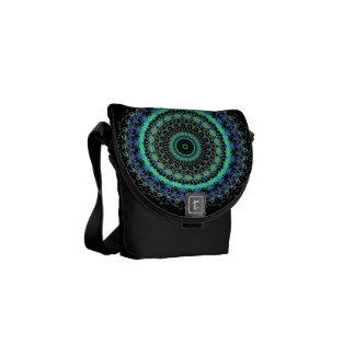 Mini mensajero del caleidoscopio verde vivo de la  bolsas messenger