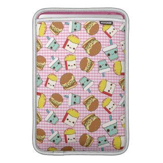 Miniaturas de los alimentos de preparación rápida fundas MacBook