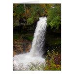 Minnehaha baja en otoño tarjeta de felicitación