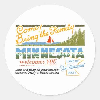 Minnesota - Land of Ten Thousand Lakes Classic Round Sticker
