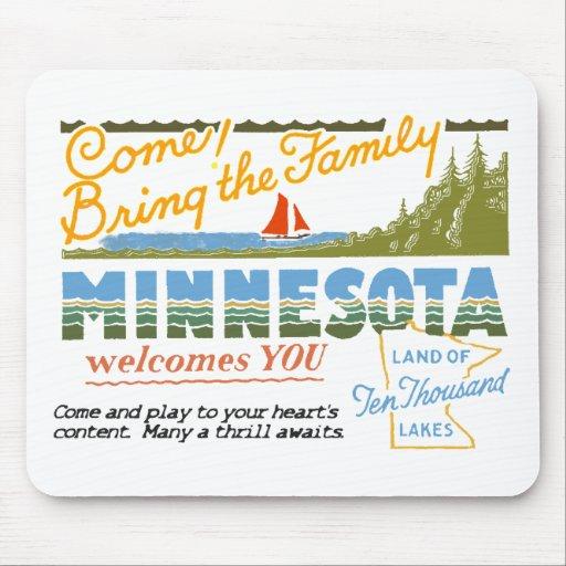 Minnesota - Land of Ten Thousand Lakes Mousepads