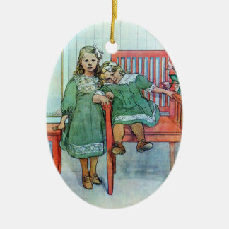 Minni un Essi Sisters Together Double-Sided Oval Ceramic Christmas Ornament