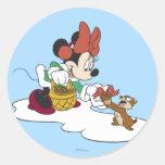Minnie con un Chipmunk Pegatina Redonda