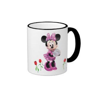 Minnie de la casa del club de Mickey Mouse con los Taza