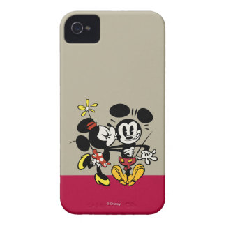 Minnie Kissing Mickey iPhone 4 Cover