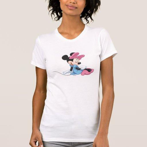 Minnie Mouse que sienta el vestido azul Camisetas