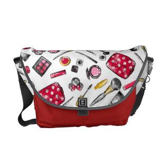 Minnie Mouse | #what'sinmypurse Pattern Messenger Bag