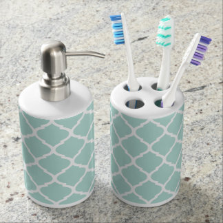 Mint Chic Moroccan Quatrefoil Toothbrush Holders