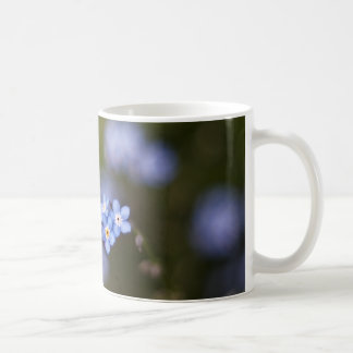 Minúsculo olvídeme no flor tazas de café