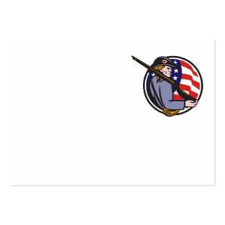 Minuteman americano del patriota con el rifle y la tarjetas de visita
