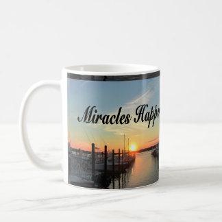 MIRACLES HAPPEN SUNSET PHOTO DESIGN COFFEE MUG