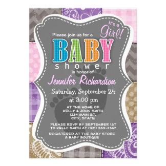 Mirada acolchada rosa clara púrpura y de color t invitaciones personales