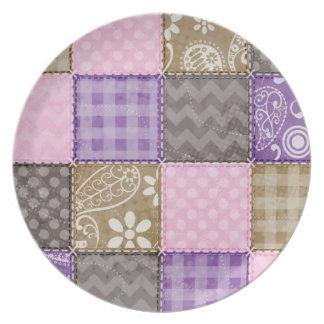 Mirada acolchada rosa clara, púrpura, y de color t plato para fiesta